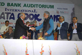 Mr. Asoke Ghosh & PHI Learning receiving D. D Mehra Memorial Award for Lifetime Achievement
